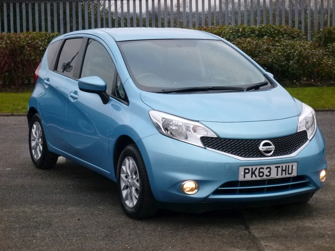 used nissan note acenta new shape tottington motor company ltd forecourt. Black Bedroom Furniture Sets. Home Design Ideas