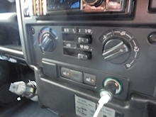 Land Rover Defender 90 County Ht - Thumb 16