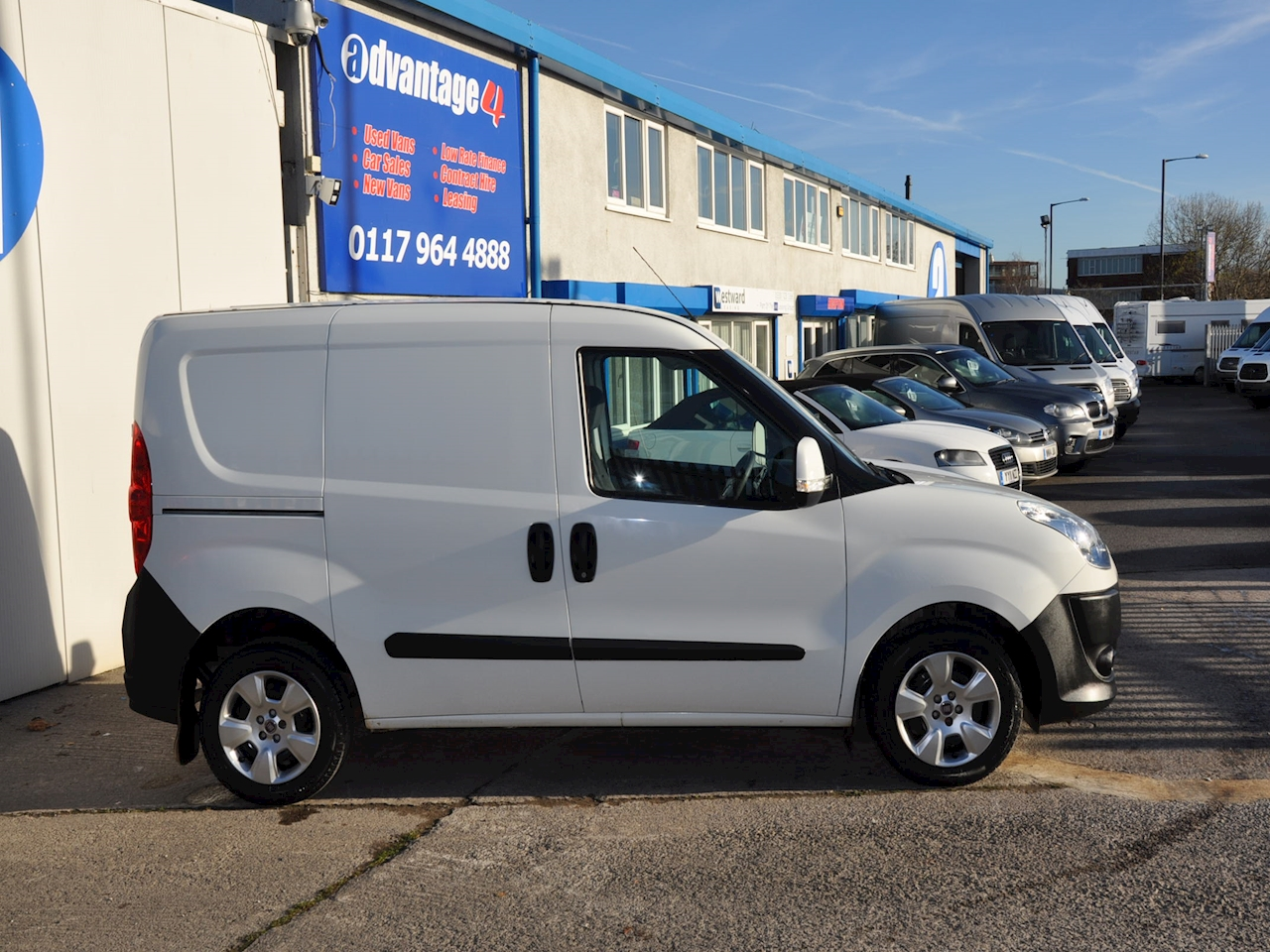 used fiat doblo cargo 16v sx multijet 2011 advantage4vans. Black Bedroom Furniture Sets. Home Design Ideas