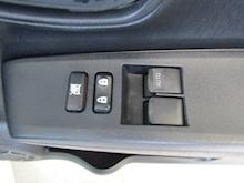 Toyota Yaris D-4D Tr - Thumb 21