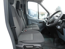 Ford Transit - Thumb 10