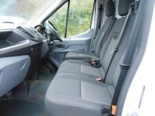 Ford Transit - Thumb 11