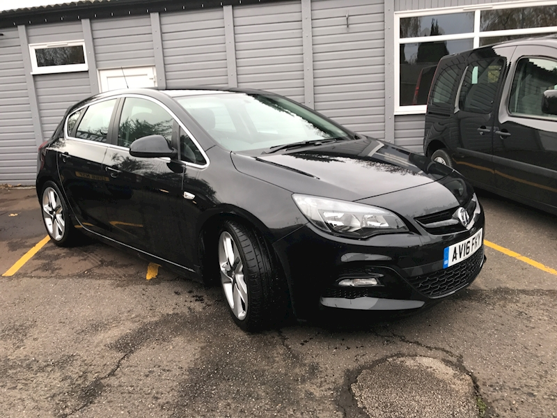 Astra Limited Edition Hatchback 1.6 Manual Petrol
