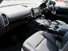 Porsche Cayenne - Thumb 11