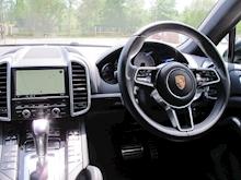 Porsche Cayenne - Thumb 9