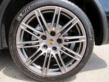 Porsche Cayenne - Thumb 17