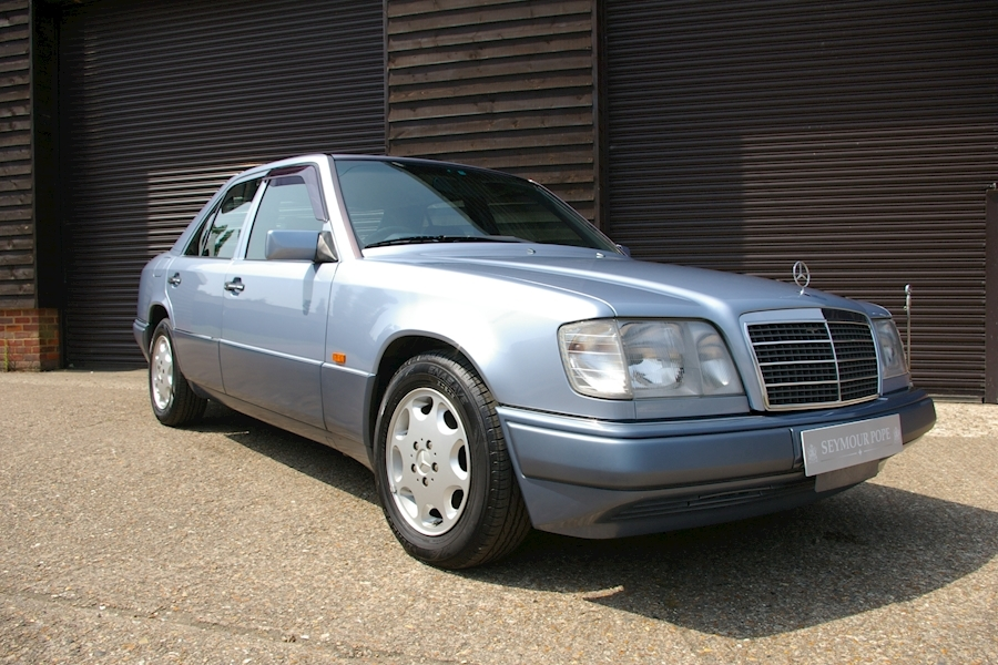 Mercedes Benz W124 E320 Automatic Saloon