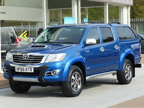 Toyota Hilux D-4D 170ps Invincible X 4X4 Double Cab Pickup With Canopy