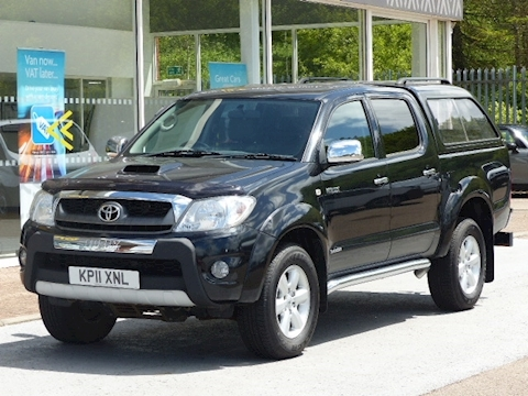 Toyota Hilux D-4D 170ps Invincible 4X4 Double Cab Pick Up With Leather and Sat Nav & NO VAT