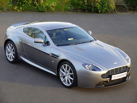 Aston Martin V8 Vantage 4.7 Sportshift II