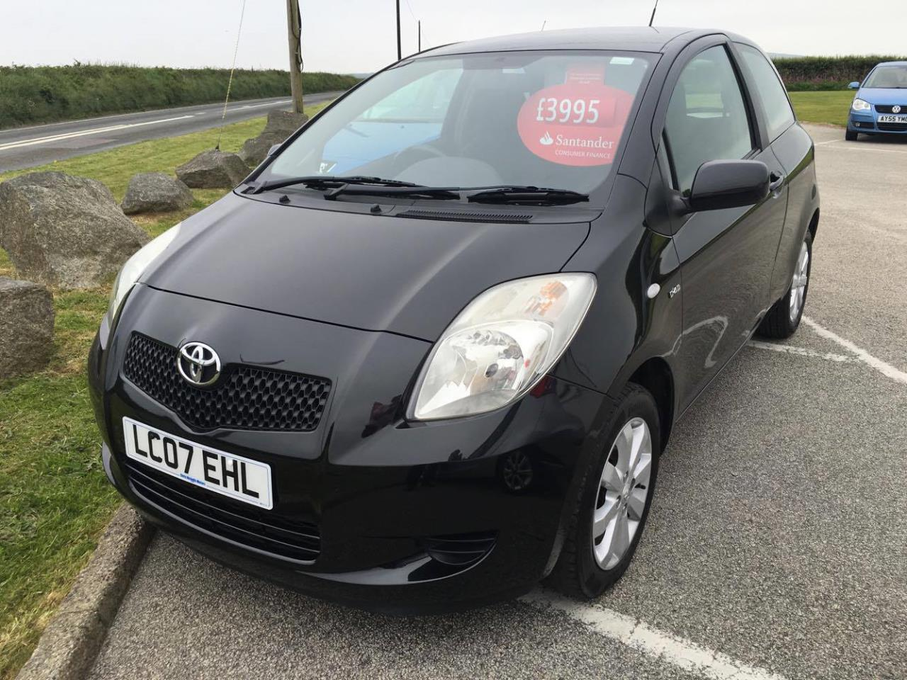 used 2007 toyota yaris 1 4 diesel d 4d zinc hatchback chris nicholls motors ltd. Black Bedroom Furniture Sets. Home Design Ideas
