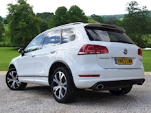 Volkswagen Touareg 2013 V6 R-Line Tdi Bluemotion Technology - Thumb 3
