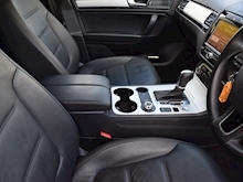 Volkswagen Touareg 2013 V6 R-Line Tdi Bluemotion Technology - Thumb 5