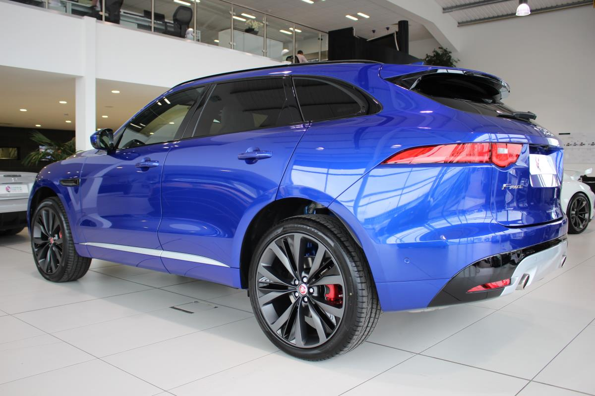 used jaguar f pace v6 first edition awd v6 first edition awd 2016 hippo prestige at hippo. Black Bedroom Furniture Sets. Home Design Ideas