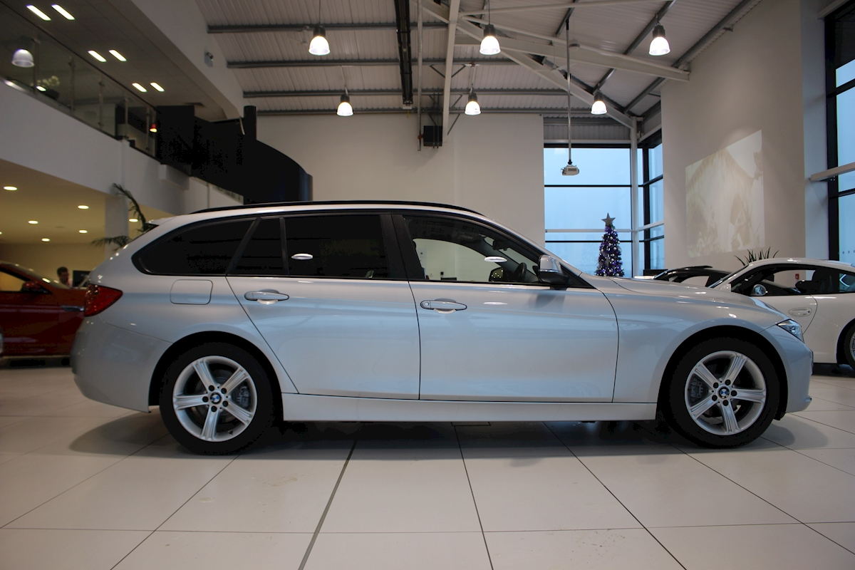 used bmw 3 series 318d se touring 318d se touring 2013 hippo prestige prep centre. Black Bedroom Furniture Sets. Home Design Ideas