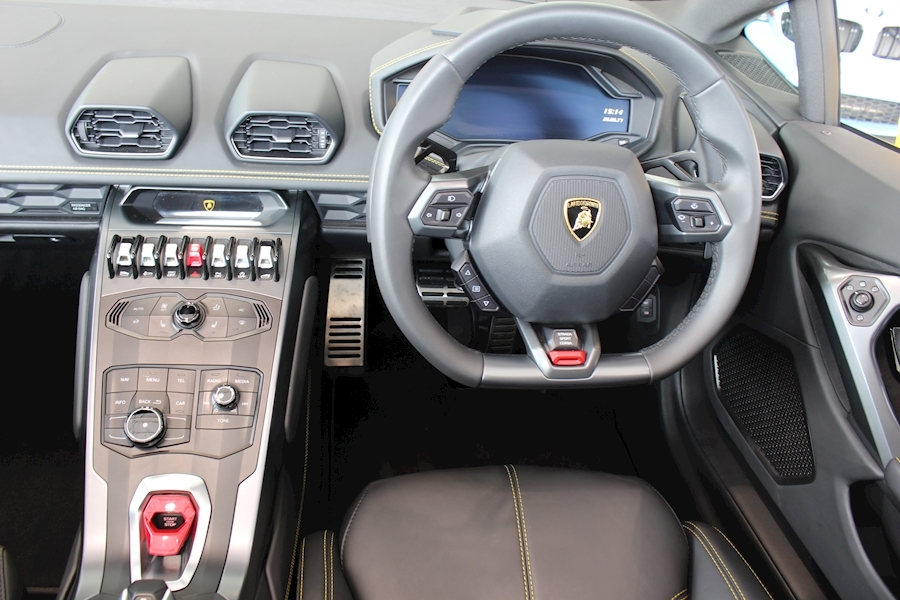 Lamborghini Huracan LP SPYDER 5.2 - Large 9