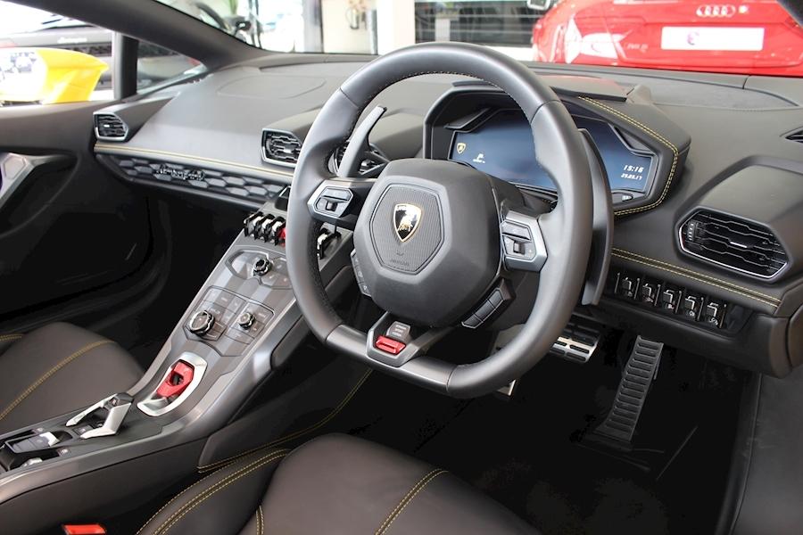 Lamborghini Huracan LP SPYDER 5.2 - Large 10