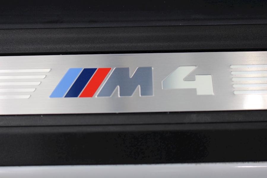 Bmw 4 Series M4 - Large 24