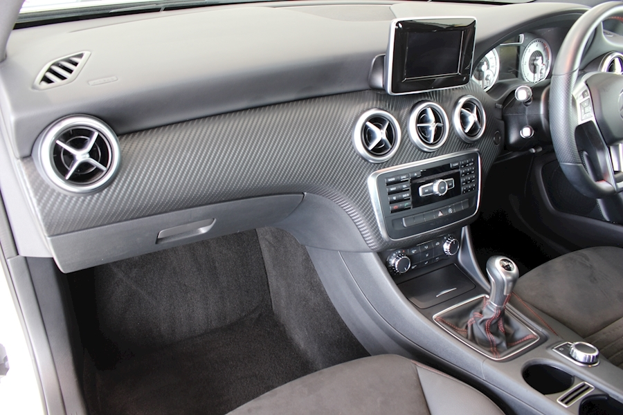 Mercedes A-Class A180 Cdi Blueefficiency Amg Sport - Large 19
