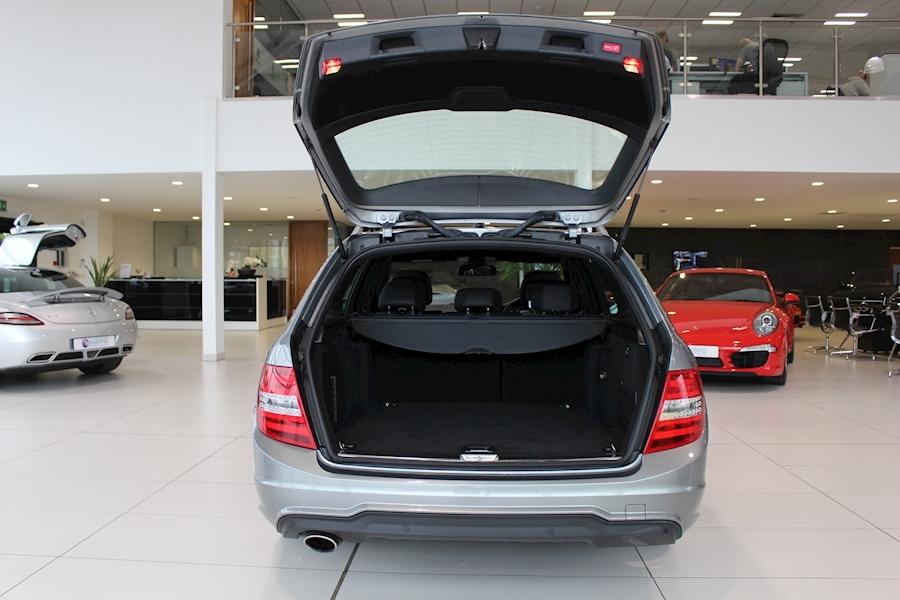 Mercedes C Class C250 Cdi Blueefficiency Amg Sport - Large 6