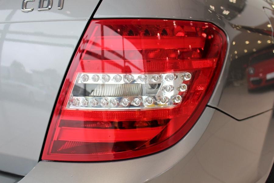 Mercedes C Class C250 Cdi Blueefficiency Amg Sport - Large 19
