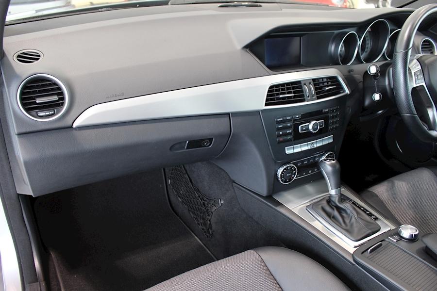 Mercedes C Class C250 Cdi Blueefficiency Amg Sport - Large 20