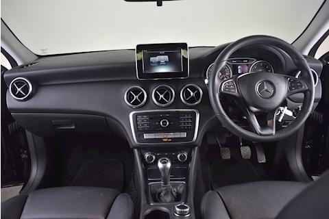 Mercedes-Benz – A-Class A 180 D Se Hatchback 1.5 Manual Diesel (2016) full